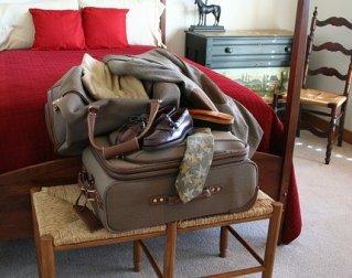 luggage-22901__340